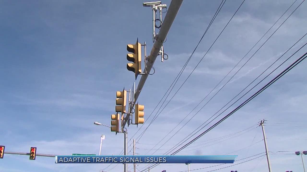 new traffic signal system_287393