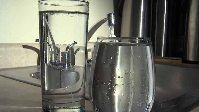 drinking_water_309408