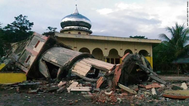 161207113537-01-indonesia-aceh-earthquake-exlarge-169_433240