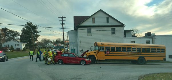 school-bus-crash_430910
