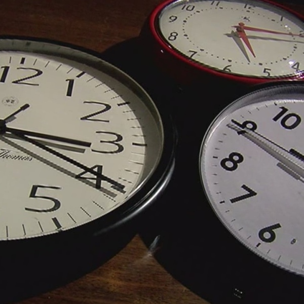 clocks_715931