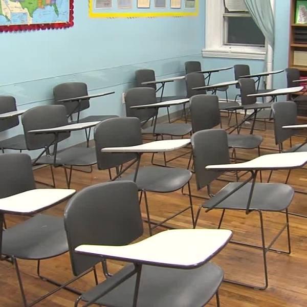 empty_classroom_school_education_717966
