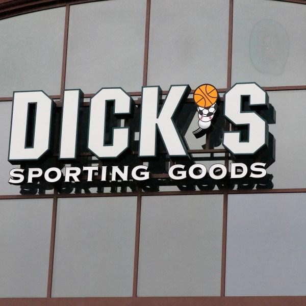 Earns_Dicks_Sporting_Goods_70265-159532.jpg72229972