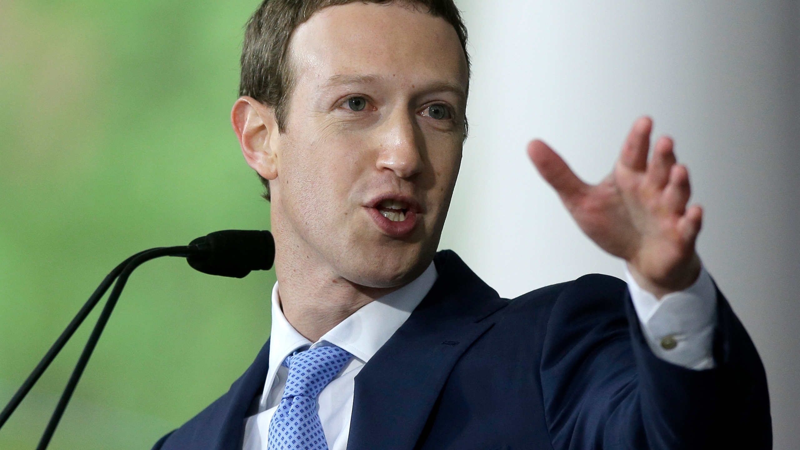 TEC_Facebook_Zuckerberg_Congress_48049-159532.jpg88076174