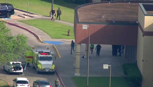 School Shooting-Texas_1526671382610