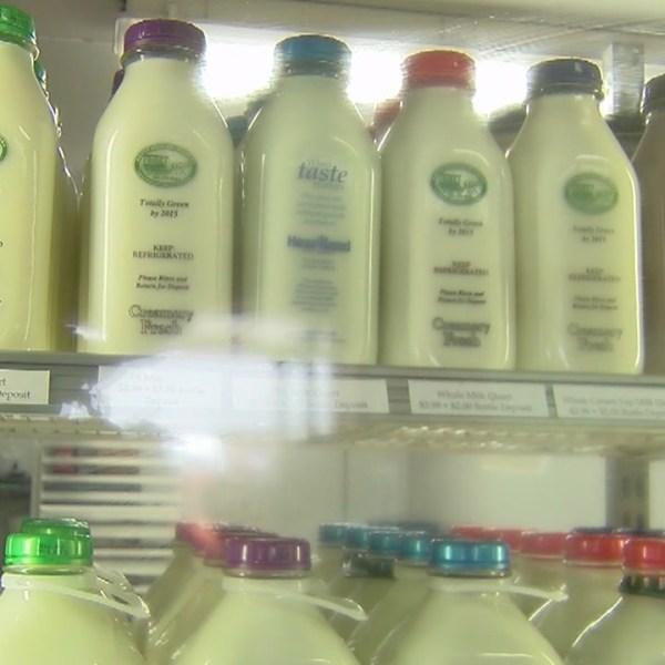 Dairy_farmer_sues_FDA_for__common_sense__0_20180531221917