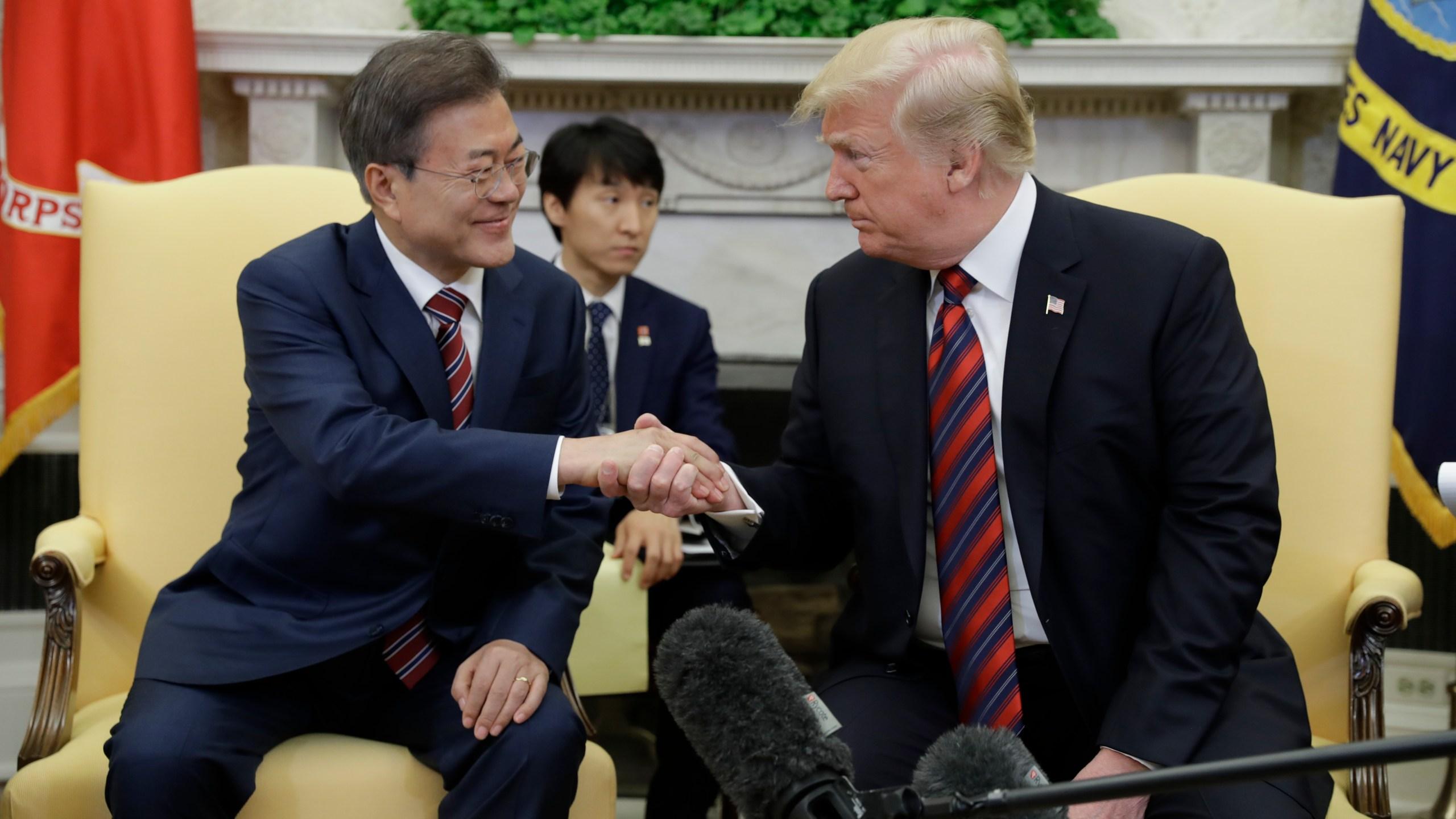 Trump_US_South_Korea_58410-159532.jpg71267993
