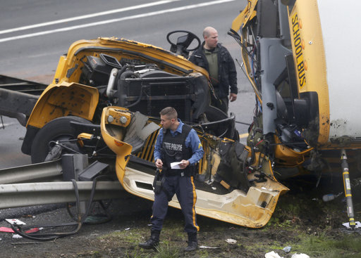 School Bus Dump Truck Crash_1526585860811