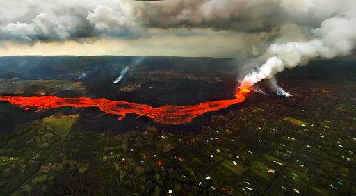 APTOPIX Hawaii Volcano_1528808402558