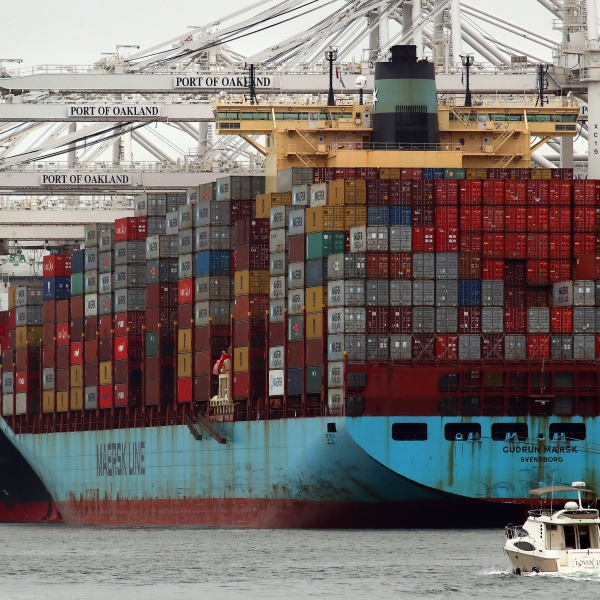 China_Tariffs_68144-159532.jpg16216927