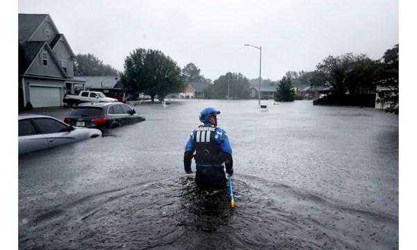 APTOPIX Tropical Weather North Carolina_1537214179128-873810377