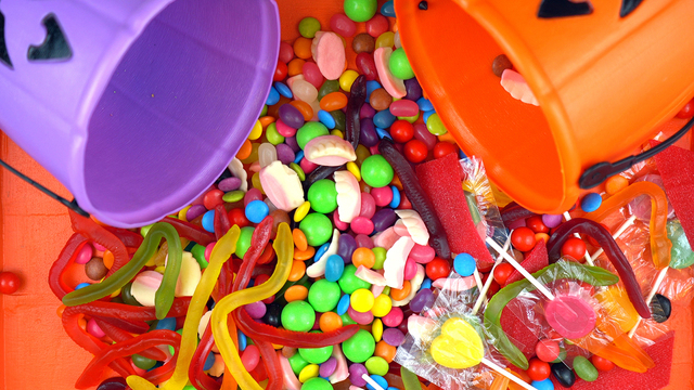 Halloween Trick Or Treat Candy Overhead Jack-o-lantern Buckets_622703