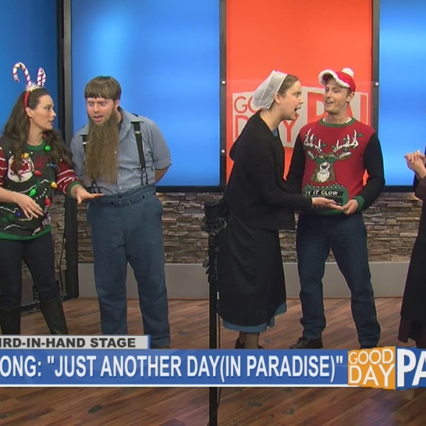 """A Christmas to Remember"" cast gives live performance"