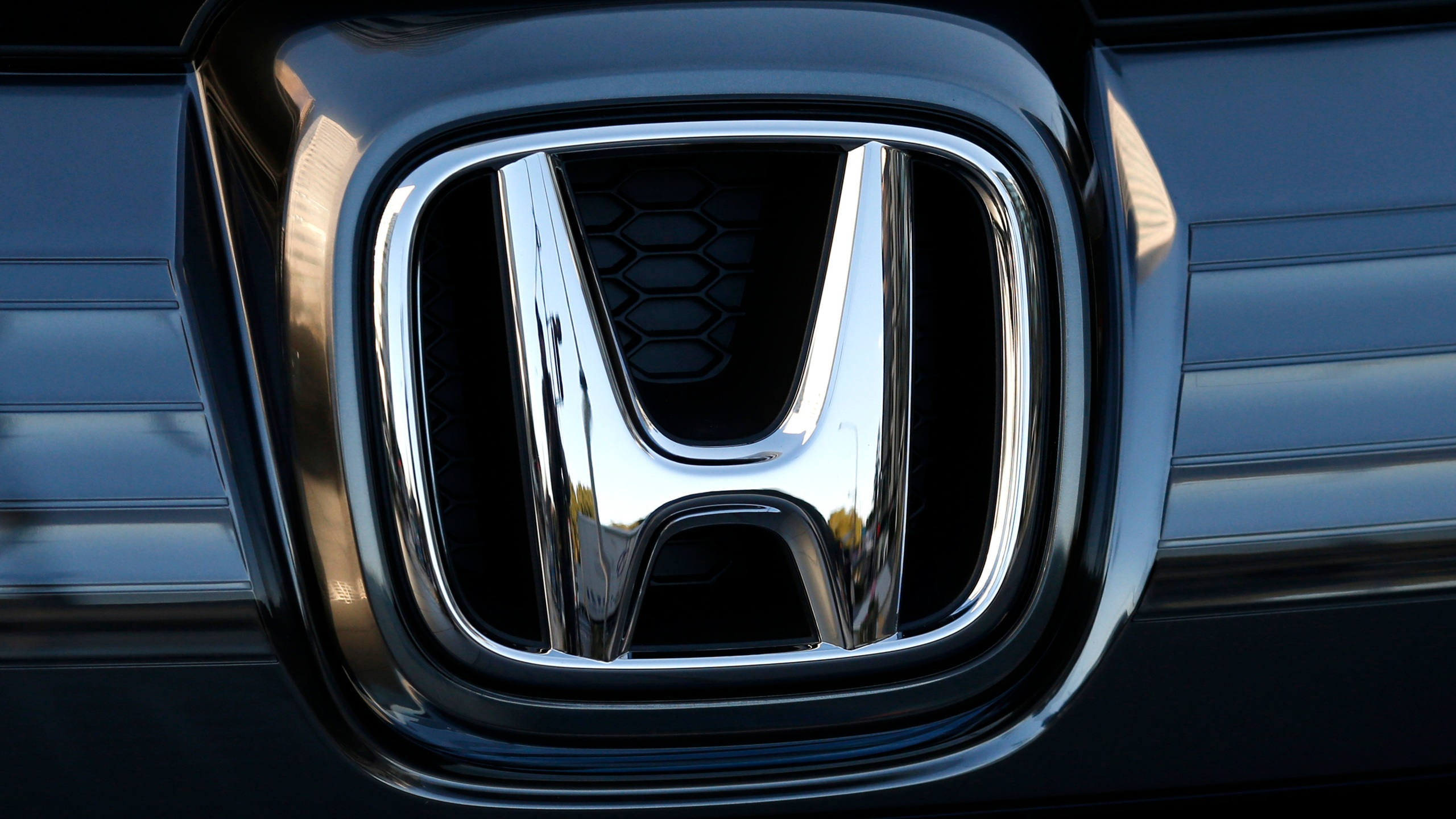 Japan_Earns_Honda_11373-159532.jpg83099419