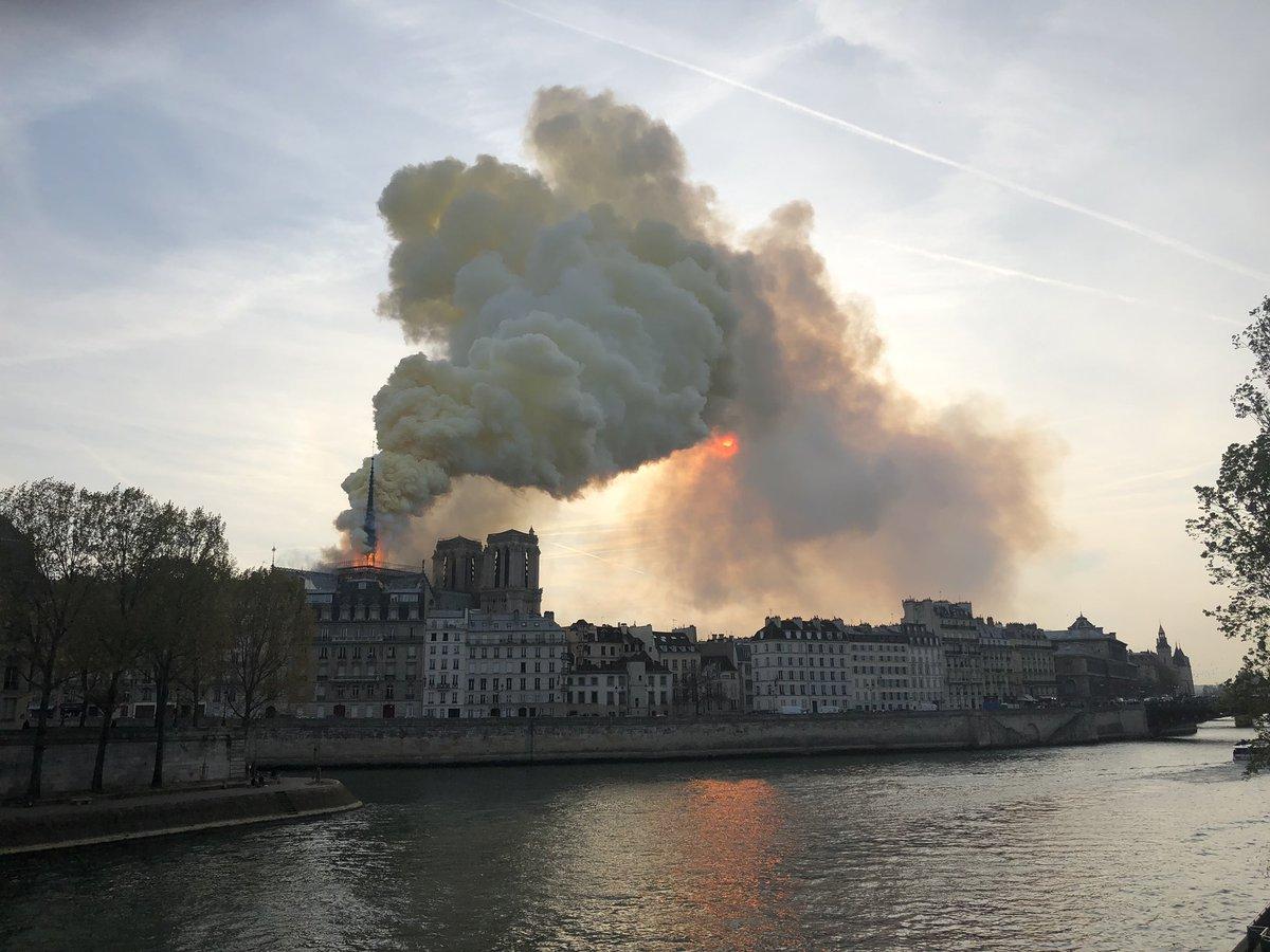 Notre Dame Fire_1555349971718.jpg.jpg