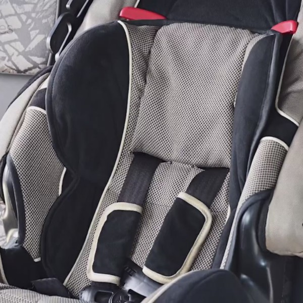 Experts warn of counterfeit car seats