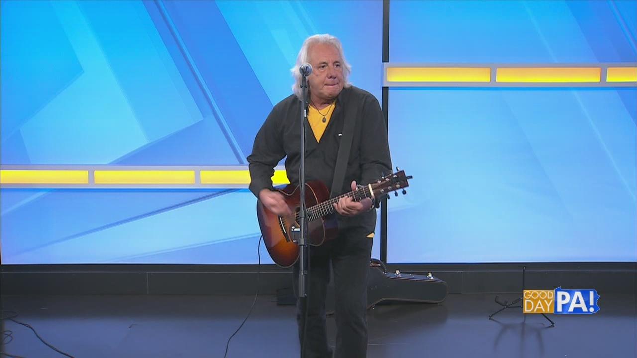 "Studio Session: Antonio Andrade performs ""Something Happened"""