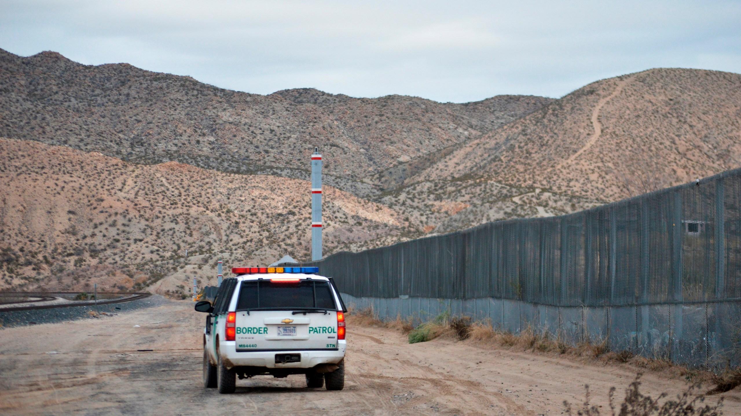 Child_Dead_Border_Patrol_54818-159532.jpg10643690