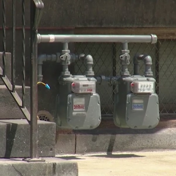 Columbia Gas meets with York residents about meters