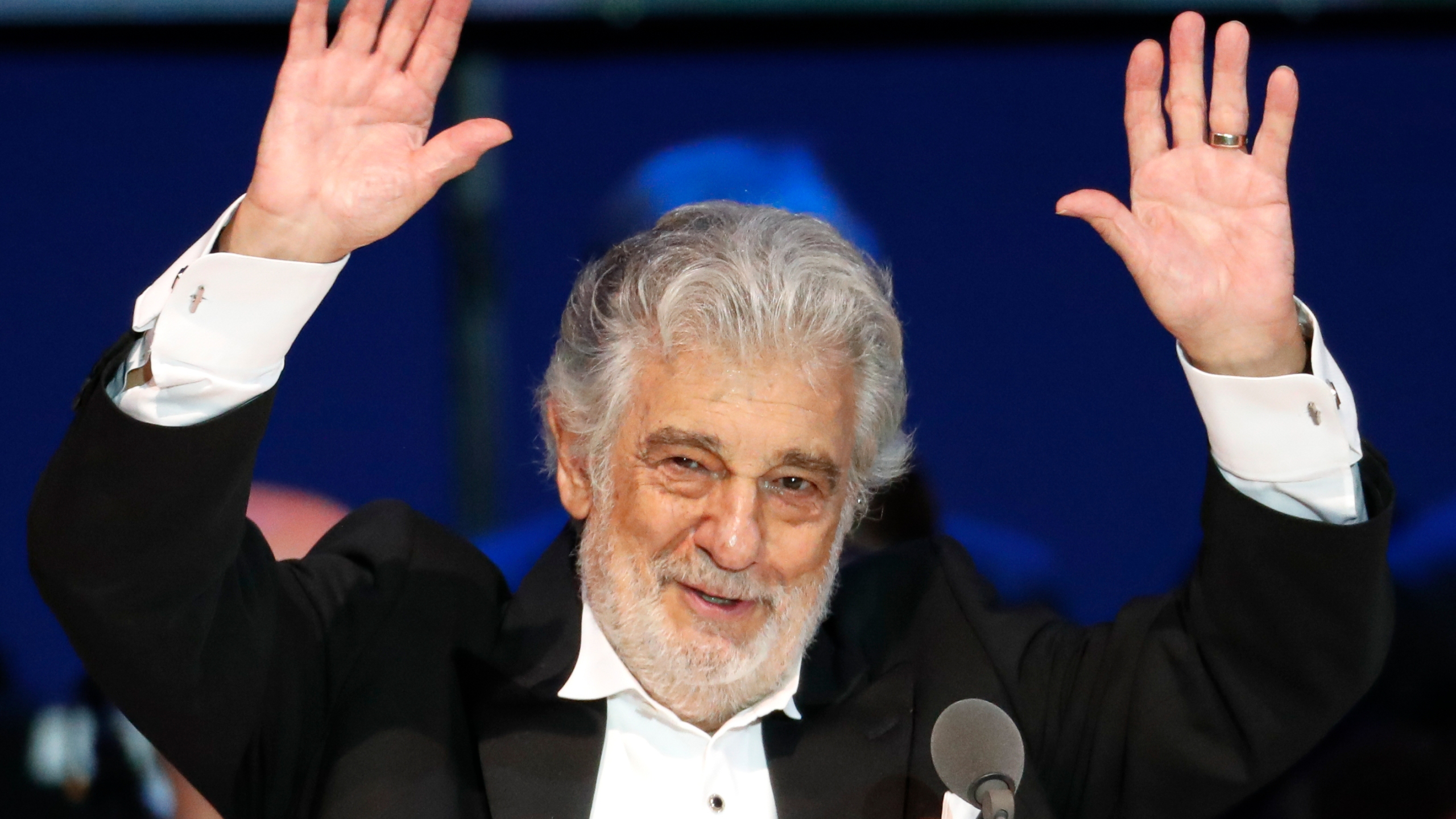 Placido Domingo Christmas Eve New York 2020 Placido Domingo to receive lifetime award in Austria | ABC27