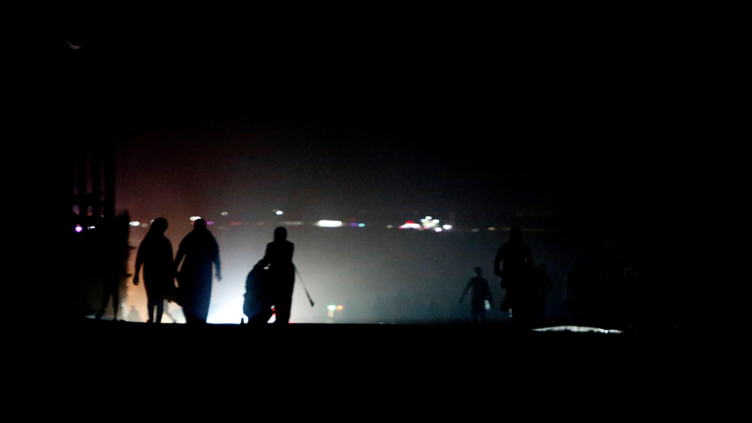 Israeli Strike Christmas 2020 Gaza militants fire 12 rockets, Israel strikes Hamas targets | ABC27