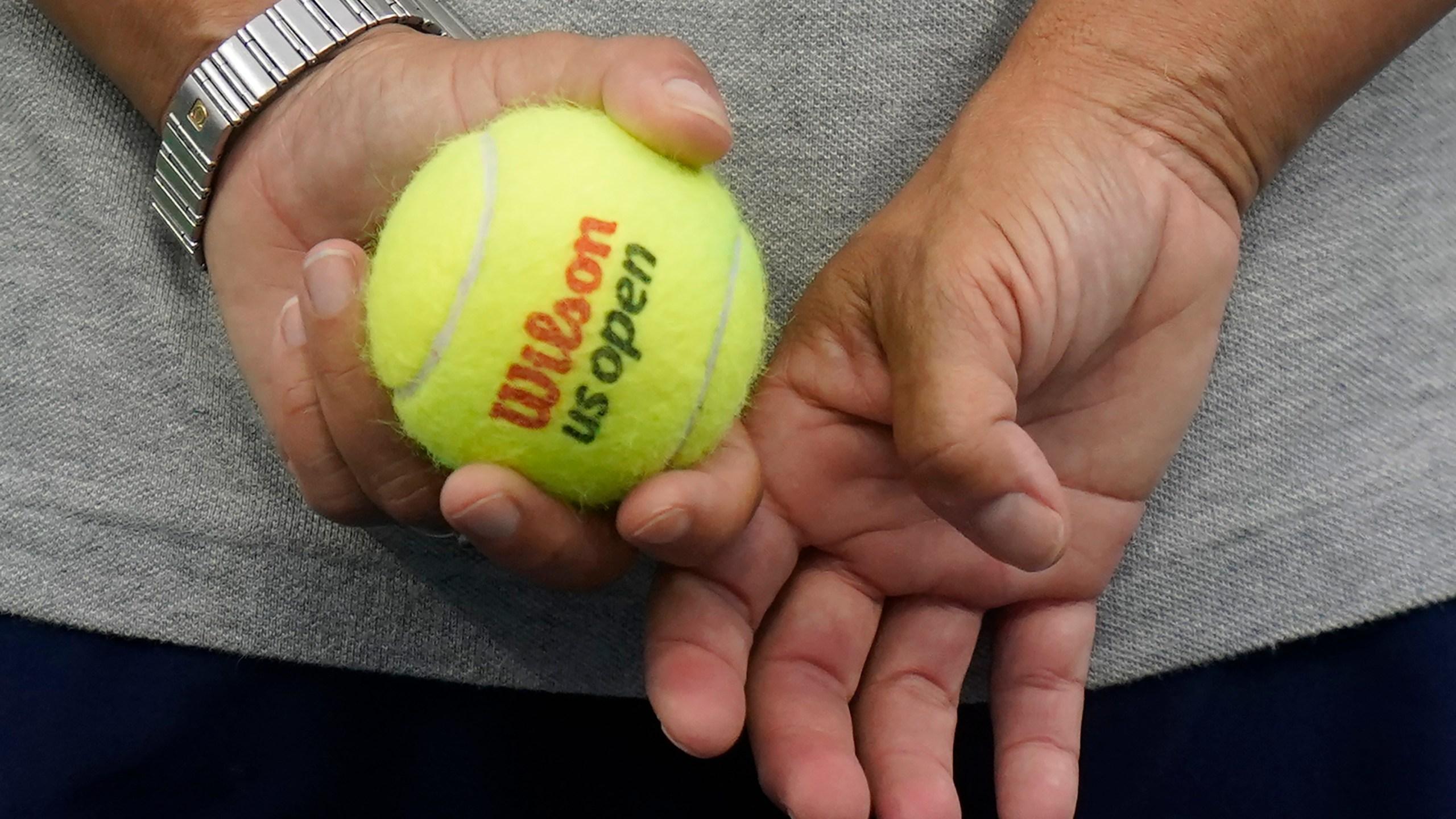 The Latest Still Perfect Novak Djokovic Advances At Us Open Abc27
