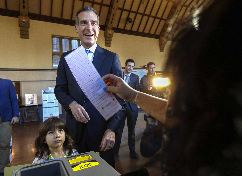 Facing Crisis La S Garcetti Ends Talk Of Biden Cabinet Post Abc27