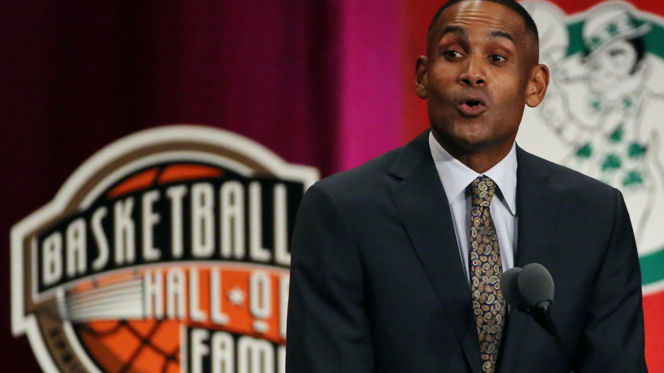 USA Basketball picks Grant Hill as Colangelo's replacement