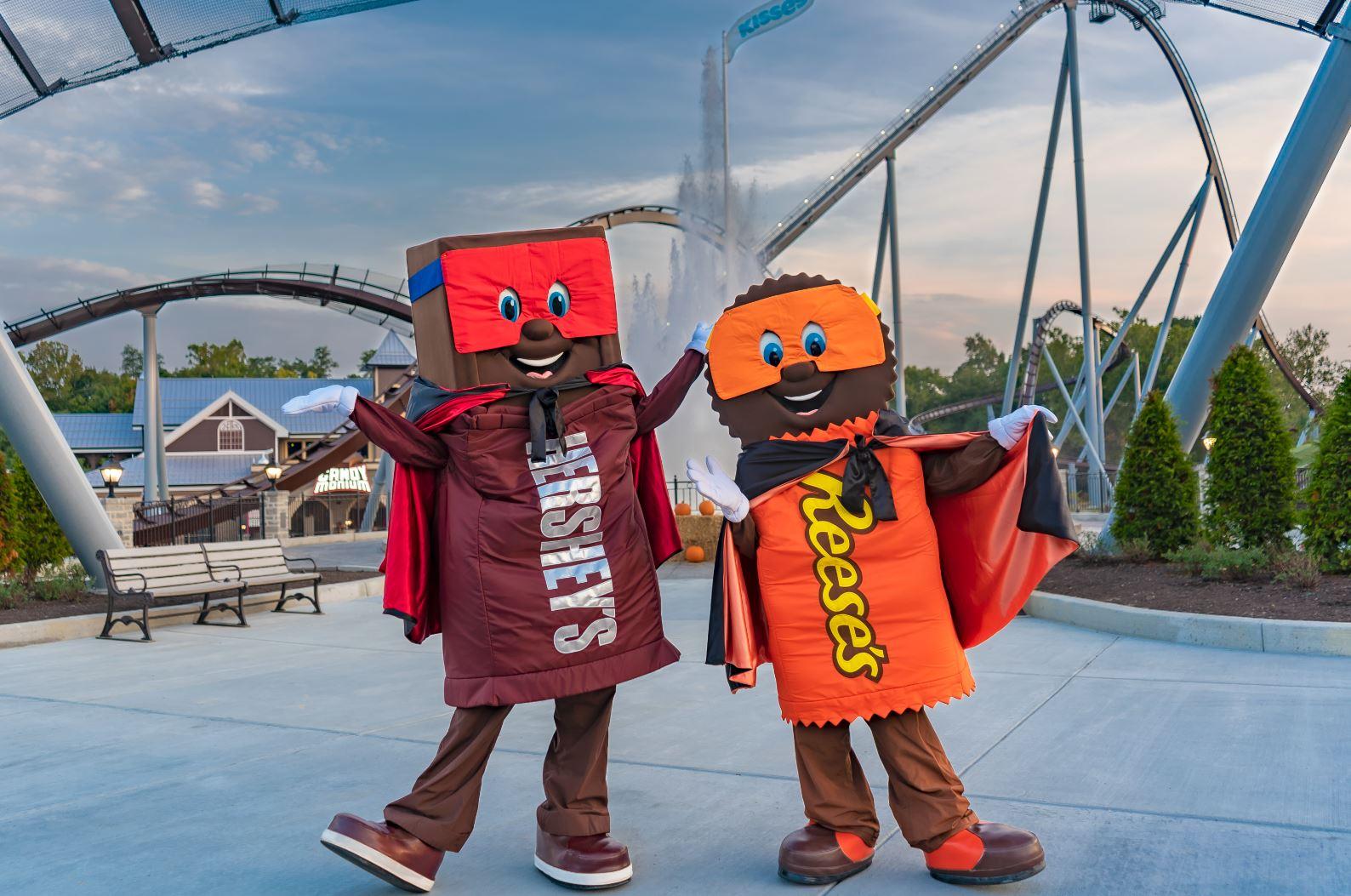 Characters Hersheypark In the Dark