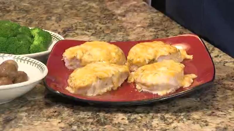 Simple Cheesy Pork Chops